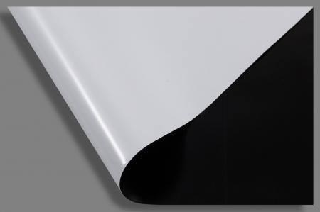 Polyane noir et blanc